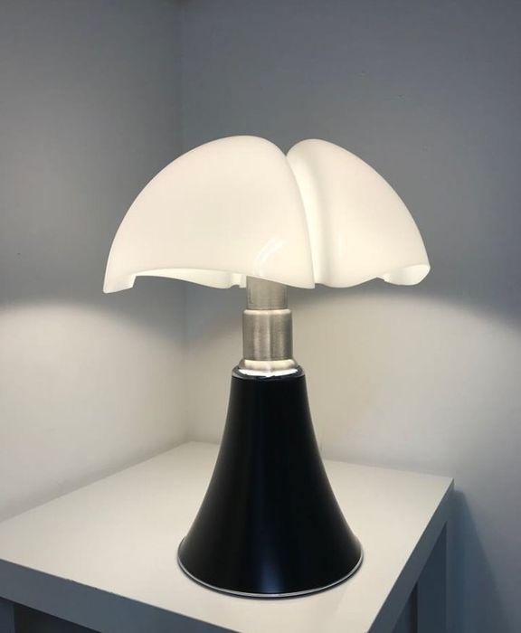 Architetti italiani famosi: Lampada Pipistrello